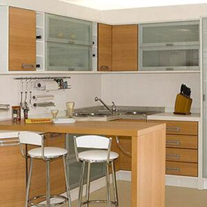 Cozinha americana com moveis planejados