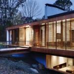 Fachadas de casas em madeira