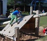 foto de playground inspirado na natureza