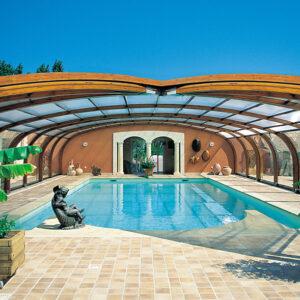 Cobertura de madeira para piscina