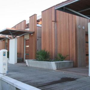 fachada com deck
