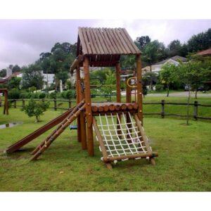 playground de madeira infantil pequeno