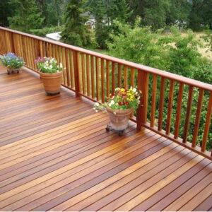 varanda com deck